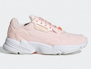 adidas Originals Falcon W (9000031858_39523)