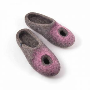 OMICRON pink summer felted slippers
