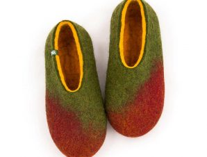 AMIGOS slippers for winter maroon green yellow
